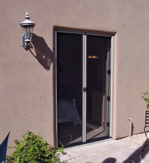 Retractable screen doors arizona sun screen for What is the best retractable screen door